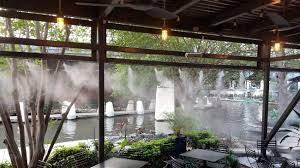 nước phun sương